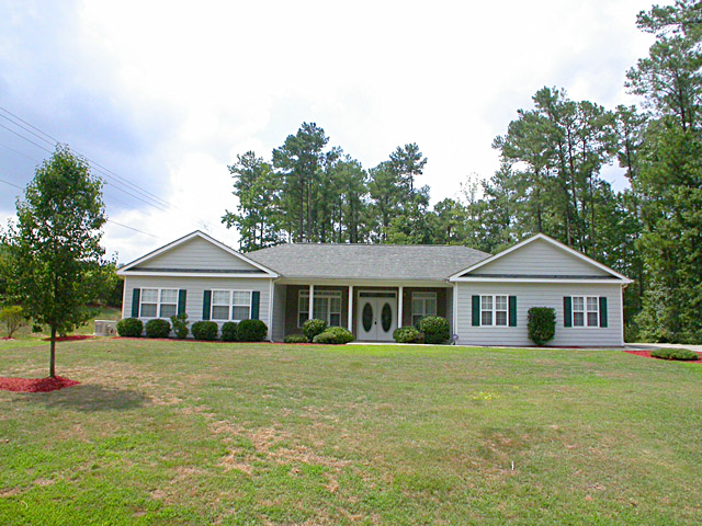Wheelchair accessible housing universal design homes at for Barrier free house plans