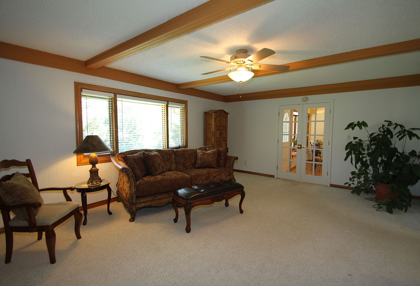 Barrier free home wheelchair accessible homes for Wheelchair accessible homes